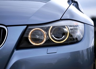 headlight-2459090_1920